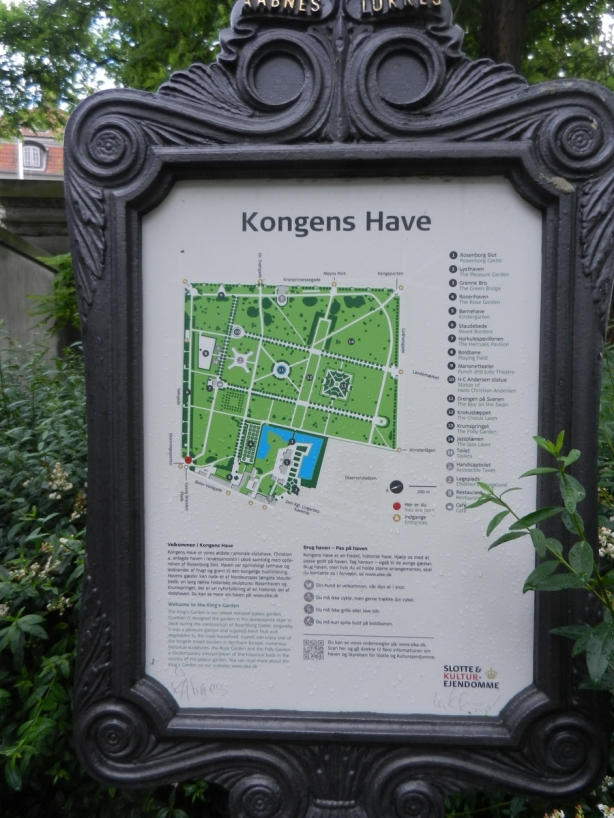 Kogens Have sign and map
